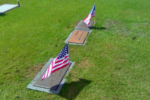 herby and dad graves
