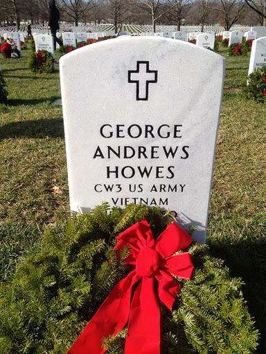 howes-christmas2011_resized_web